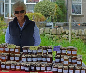We bought some very nice jam from this lady