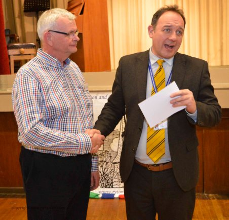 Graeme receving his long service award from Steven Roberts (40 years)!
